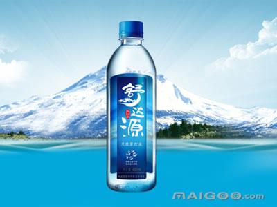 苏打水冲洗_北纬48°03′),规划占地面积6万平方米,总规模为年产天然苏打水30万吨